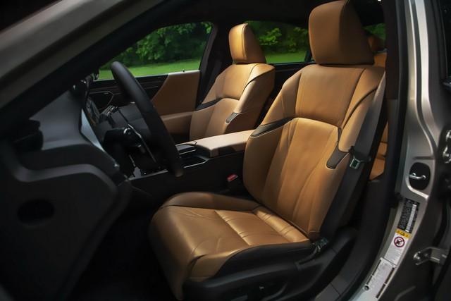 Lexus mất tới 3 năm chỉ để sản xuất một ghế xe - Ảnh 3.