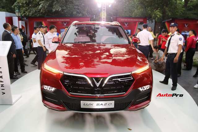 Chi phí lăn bánh 2 mẫu sedan và SUV VinFast từ hơn 1 tỷ đồng, cao nhất hơn 2,2 tỷ đồng - Ảnh 4.