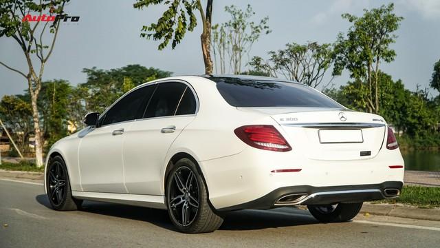 Chủ showroom không phải fan Mẹc nói gì về Mercedes-Benz E300 AMG? - Ảnh 3.