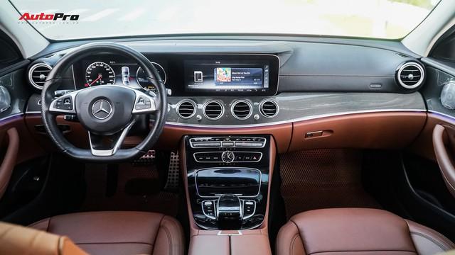 Chủ showroom không phải fan Mẹc nói gì về Mercedes-Benz E300 AMG? - Ảnh 5.