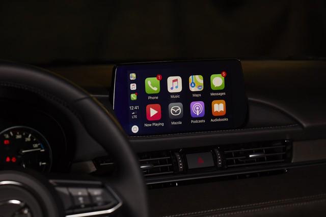 Mazda bắt đầu tích hợp Apple CarPlay và Android Auto lên xe cũ - Ảnh 1.