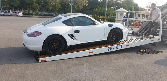 Siêu xe Ferrari California T hàng hiếm cùng Porsche Cayman của ông chủ cà phê Trung Nguyên bất ngờ được đưa đến Hà Nội - Ảnh 4.