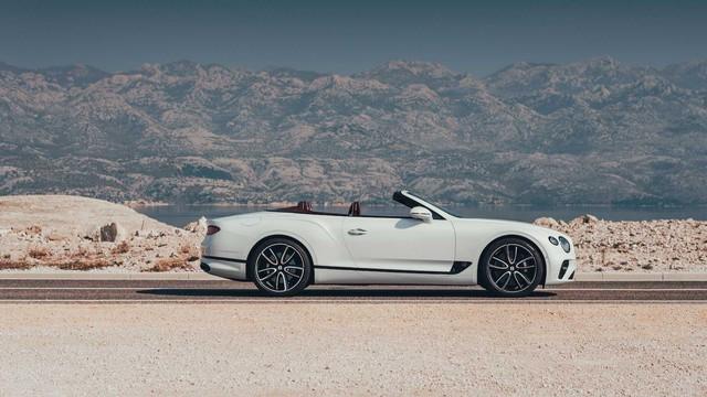 Bentley giới thiệu Continental GT Convertible 2019 - Ảnh 5.