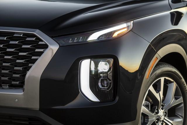 Ra mắt Hyundai Palisade - Đàn anh Santa Fe, đối đầu Ford Explorer - Ảnh 8.