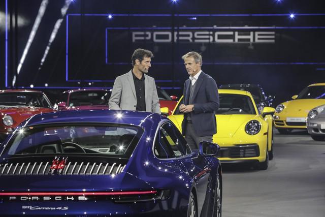 Porsche 911 đời mới có giá từ hơn 7,6 tỷ đồng tại Việt Nam - Ảnh 1.