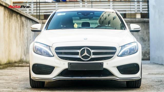 Mercedes-Benz C-Class - Cái tên nổi bật nhất thị trường xe sang cũ Việt Nam - Ảnh 1.