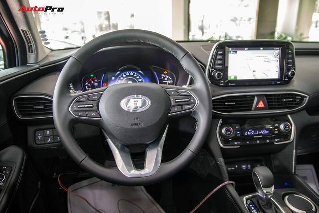 Hyundai Santa Fe 2019 lắp ráp tại Việt Nam mất hàng loạt tính năng, ngay cả khi so với thế hệ cũ - Ảnh 7.