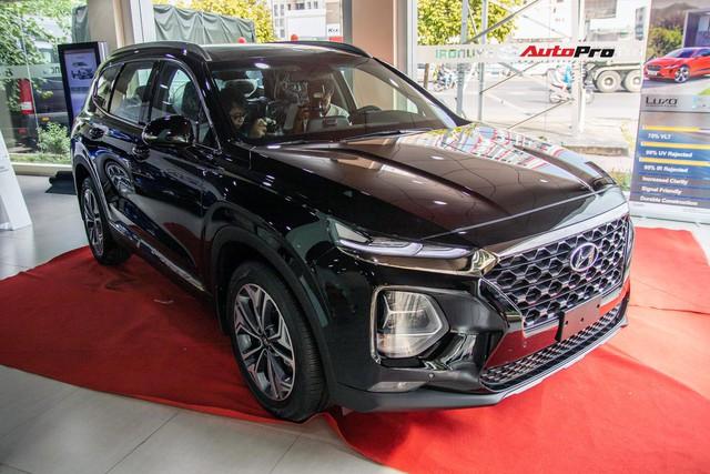 """Hyundai Santa Fe 2019 sẽ được bán với 6 phiên bản, thêm 2 bản """"full option"""" như khách Việt kỳ vọng - Ảnh 1."""