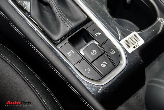 """Hyundai Santa Fe 2019 sẽ được bán với 6 phiên bản, thêm 2 bản """"full option"""" như khách Việt kỳ vọng - Ảnh 3."""