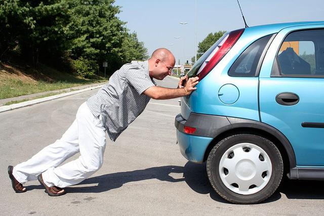 10 bộ luật giao thông thật mà như đùa trên thế giới - Ảnh 10.