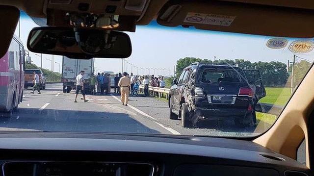 """Từ vụ lùi xe trên cao tốc Thái Nguyên: """"Bò lạc"""" và những nỗi sợ lớn nhất của tài xế khi di chuyển trên cao tốc"""