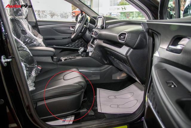 """Hyundai Thành Công: Santa Fe 2019 không bị """"cắt bỏ"""" trang bị trên phiên bản bán ra thị trường - Ảnh 2."""