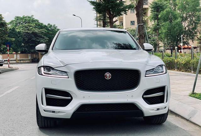 Mới lăn bánh 868 km, Jaguar F-Pace R-Sport đã bị đại gia Việt bán vội với giá trên 4 tỷ đồng - Ảnh 4.