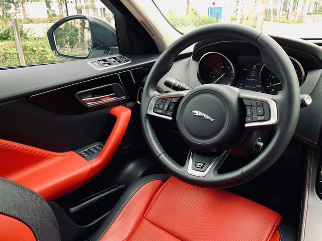 Mới lăn bánh 868 km, Jaguar F-Pace R-Sport đã bị đại gia Việt bán vội với giá trên 4 tỷ đồng - Ảnh 11.