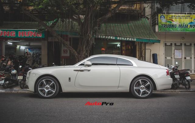 Đại gia Hà Thành phối màu lạ lẫm cho chiếc Rolls-Royce Wraith  - Ảnh 10.