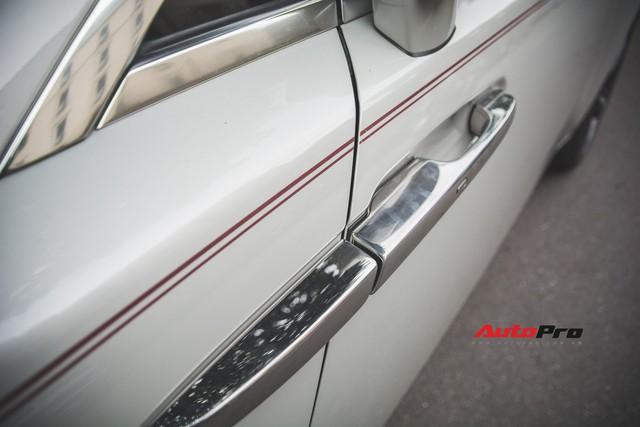Đại gia Hà Thành phối màu lạ lẫm cho chiếc Rolls-Royce Wraith  - Ảnh 12.