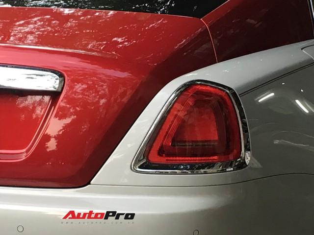 Đại gia Hà Thành phối màu lạ lẫm cho chiếc Rolls-Royce Wraith  - Ảnh 9.