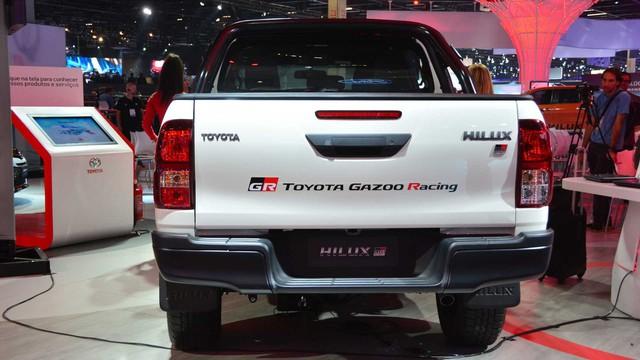 Khi có máu xe đua nhưng lỡ mua bán tải: Toyota Hilux Gazoo Racing là câu trả lời - Ảnh 3.