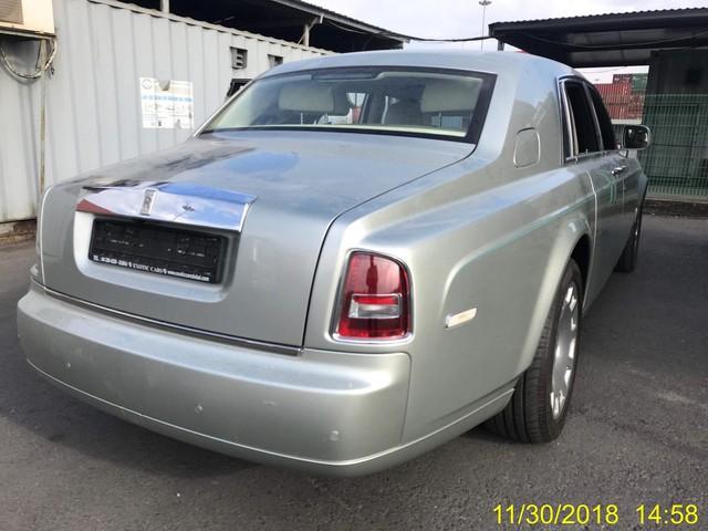 Rolls-Royce Phantom Series II sở hữu nội thất như của dân chơi Ả Rập về Việt Nam - Ảnh 3.