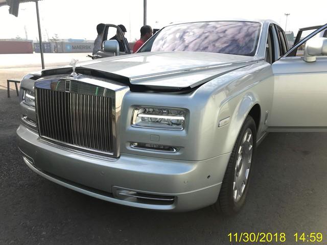Rolls-Royce Phantom Series II sở hữu nội thất như của dân chơi Ả Rập về Việt Nam - Ảnh 2.