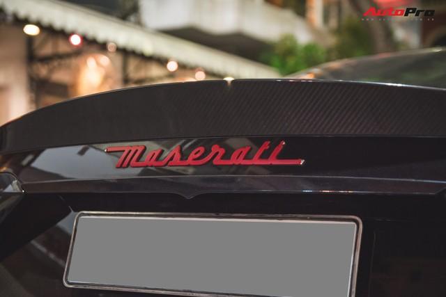 Maserati GranTurismo MC Sportline phiên bản Batman của dân chơi Hà Thành - Ảnh 2.