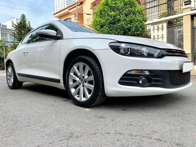 Dính dớp lỗi hộp số, Volkswagen Scirocco 2010 chỉ rao bán ngang Hyundai Grand i10 - Ảnh 1.