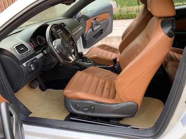 Dính dớp lỗi hộp số, Volkswagen Scirocco 2010 chỉ rao bán ngang Hyundai Grand i10 - Ảnh 4.