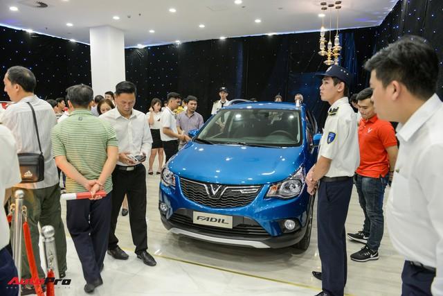 VinFast công bố 14 showroom tại 9 tỉnh, thành lớn: Đặt trong trung tâm thương mại và rộng tới 300 m2 - Ảnh 2.