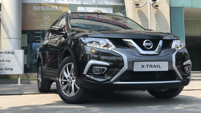 Nissan X-Trail, Sunny đồng loạt giảm giá và tặng thêm phụ kiện