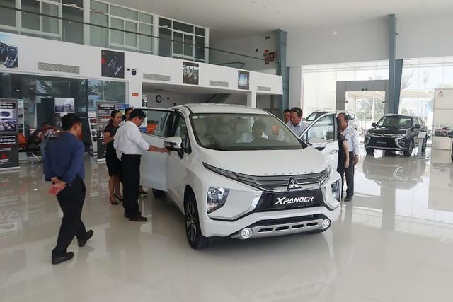 Nhiều xe mới nhưng... ít lựa chọn - Oái oăm mua xe chơi Tết của khách Việt - Ảnh 4.
