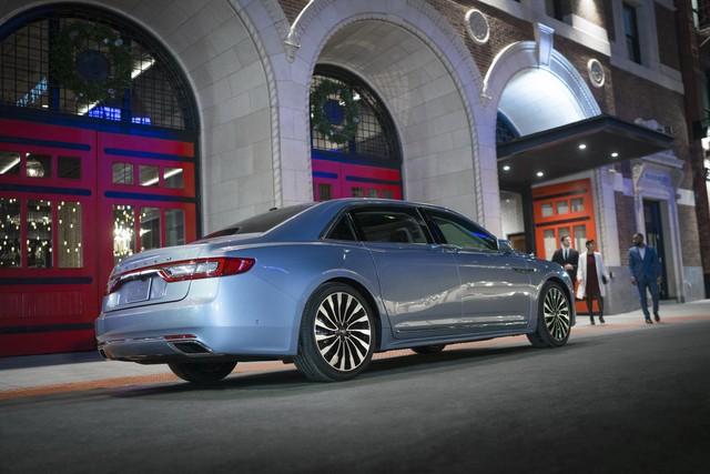 Lincoln Continental bản đặc biệt với cửa như Rolls-Royce - Ảnh 7.