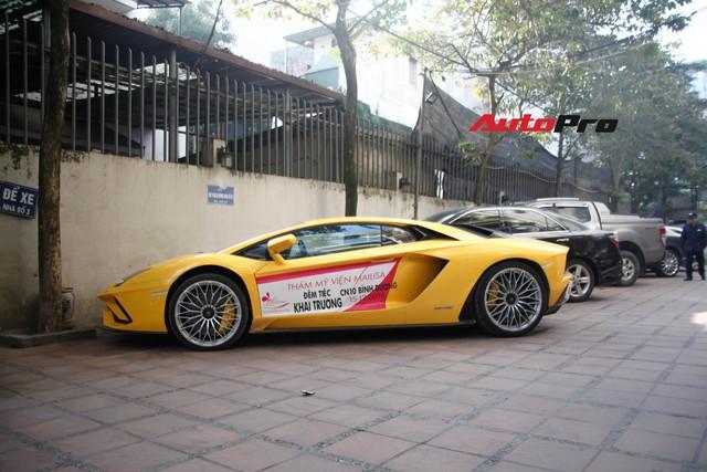 Bộ đôi Lamborghini Aventador S và Bentley Mulsanne EWB chính hãng bất ngờ xuất hiện tại Hà Nội - Ảnh 2.