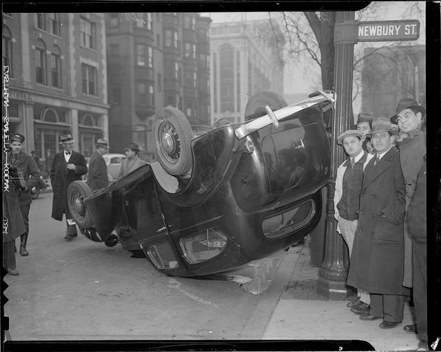 Bộ ảnh hiếm về tai nạn xe hơi ở thế kỷ trước - Ảnh 20.