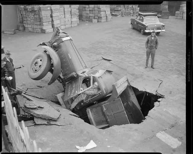Bộ ảnh hiếm về tai nạn xe hơi ở thế kỷ trước - Ảnh 8.