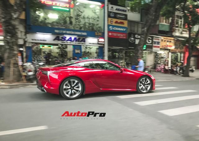 Lexus LC500 màu đỏ độc nhất Việt Nam tái xuất tại Hà Nội - Ảnh 5.