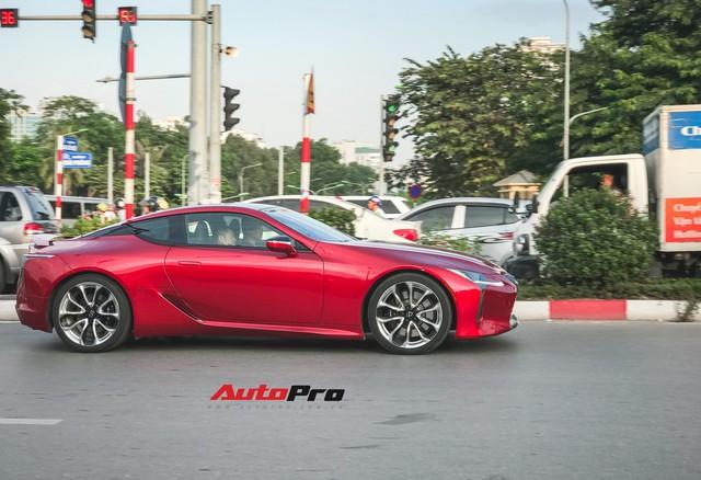 Lexus LC500 màu đỏ độc nhất Việt Nam tái xuất tại Hà Nội - Ảnh 4.