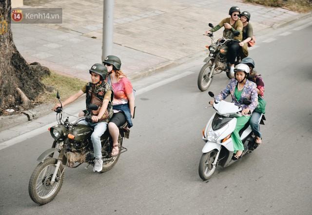 Dành 1 ngày vi vu Hà Nội: Chọn xích lô, ô tô điện hay buýt 2 tầng để tham quan Thủ đô? - Ảnh 18.