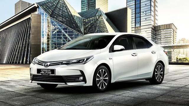 Toyota Corolla Altis và 3 kịch bản lớn tại Việt Nam trước sự vượt mặt của Mazda3 và Kia Cerato - Ảnh 1.