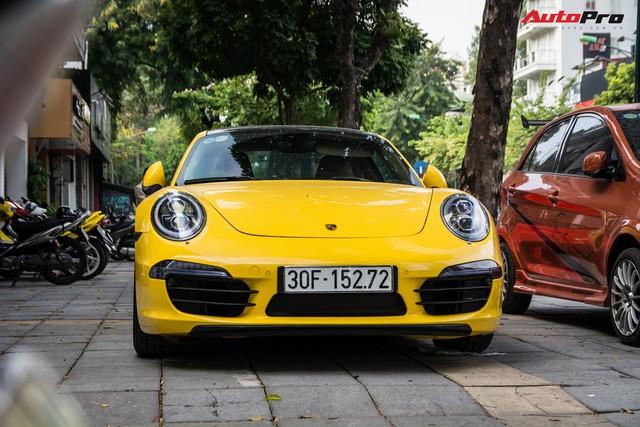 Porsche 911 Carrera sánh đôi đũa lệch với Kia Morning ngũ quý 7 khét tiếng của đại gia Hà Nội - Ảnh 2.