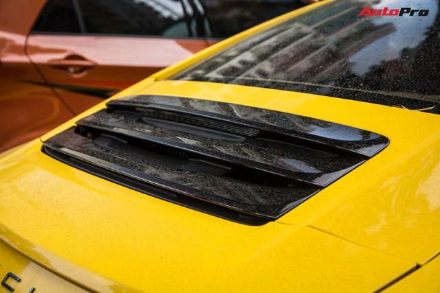Porsche 911 Carrera sánh đôi đũa lệch với Kia Morning ngũ quý 7 khét tiếng của đại gia Hà Nội - Ảnh 8.