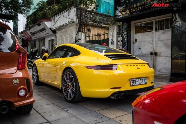 Porsche 911 Carrera sánh đôi đũa lệch với Kia Morning ngũ quý 7 khét tiếng của đại gia Hà Nội - Ảnh 4.