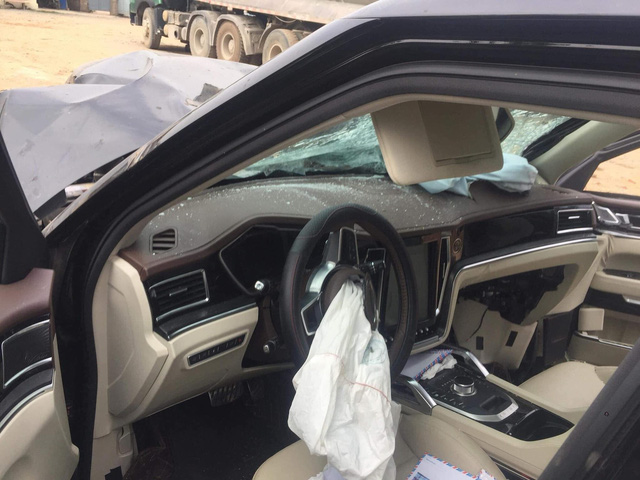 Hình ảnh rùng mình về xác chiếc Zotye Z8 tai nạn ở Việt Nam lại khiến nhiều người đặt niềm tin vào mẫu xe Trung Quốc này - Ảnh 3.