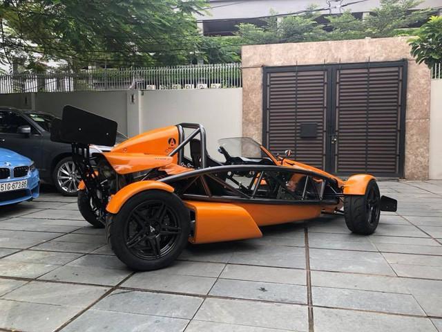 Đại gia Việt vung tiền sắm những mẫu xe hiệu suất cao nào trong năm 2018? - Ảnh 11.