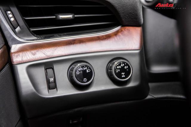 Khủng long Cadillac Escalade ESV chạy hơn 18.000 km giá 5,3 tỷ đồng - ngang giá Mercedes-Benz GLS400 mới cho chồng cộng Toyota Yaris cho vợ - Ảnh 12.