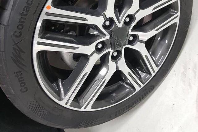 Lộ ảnh chi tiết nội, ngoại thất 2 phiên bản Kia Cerato 2019 tại đại lý trước ngày ra mắt - Ảnh 4.