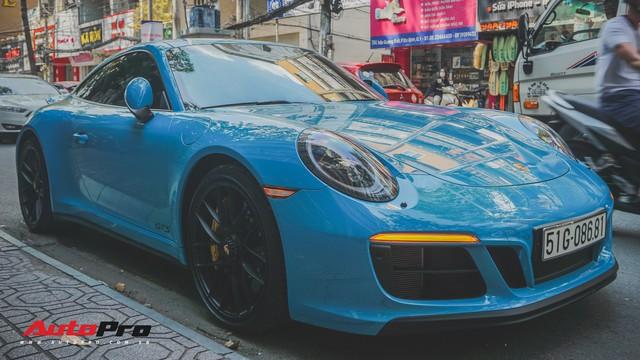 Porsche 911 Carrera GTS màu xanh dương độc đáo của dân chơi Sài Thành - Ảnh 8.
