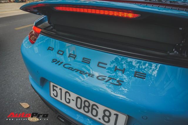 Porsche 911 Carrera GTS màu xanh dương độc đáo của dân chơi Sài Thành - Ảnh 6.