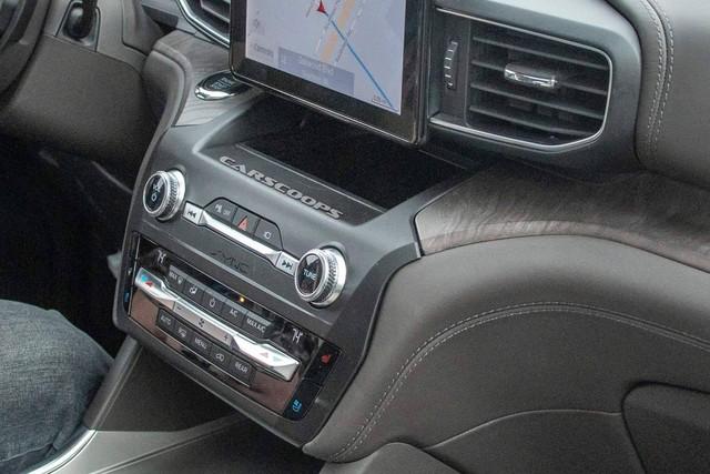 Ford Explorer 2020 lộ nội thất không che chắn: Bỏ cần số, thay bằng núm xoay như Land Rover - Ảnh 3.
