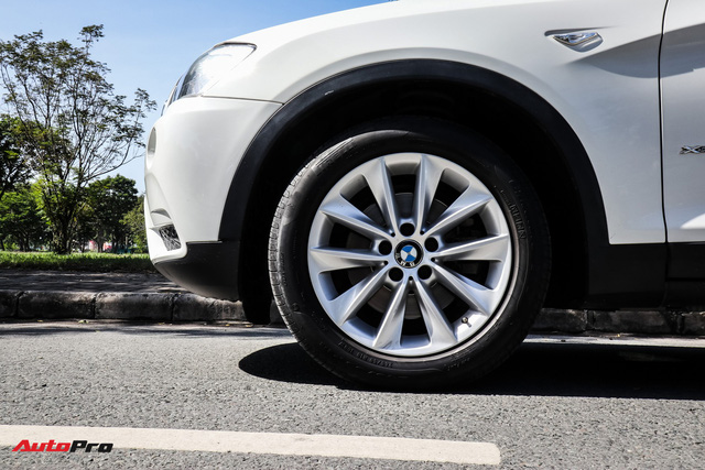 BMW X3 xDrive28i đi 7 năm giá ngang Toyota Fortuner đời mới - Ảnh 3.
