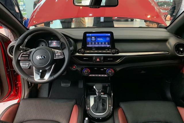 Kia Cerato 2019 bản full option lần đầu có mặt tại đại lý, giá 675 triệu đồng - Ảnh 3.